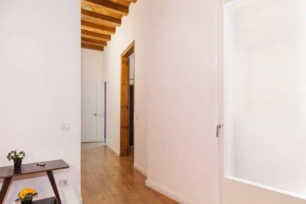 Apartment Nou de la Rambla - фото 6