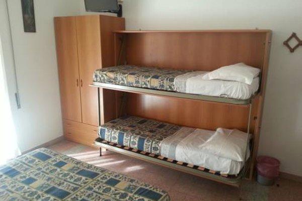 Hotel Margot - 10