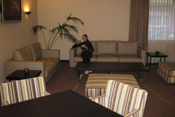 Astoria Hotel - фото 7