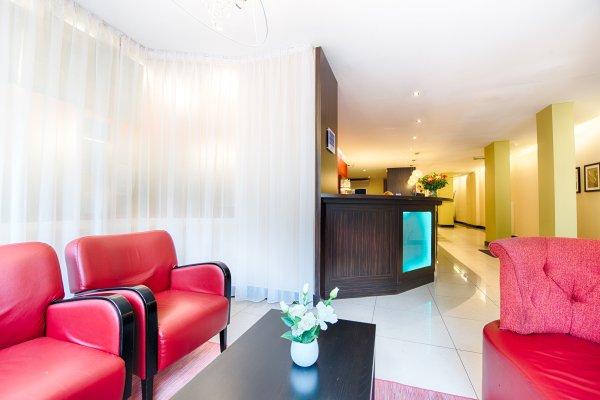 Leonardo Hotel Antwerpen - 8