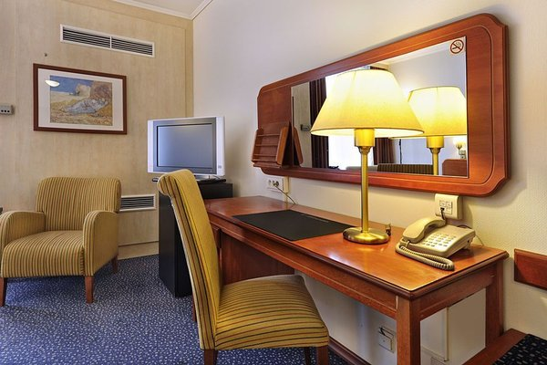 Van der Valk Hotel Antwerpen - фото 5