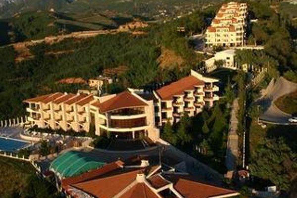Chateau Linza Hotel - 6