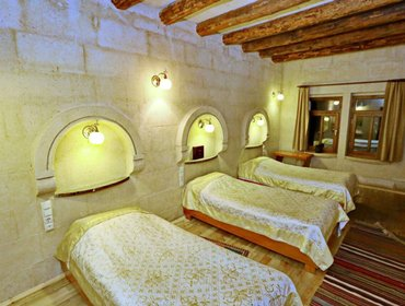 Apartments Cozy Cave like room, all yours! ...