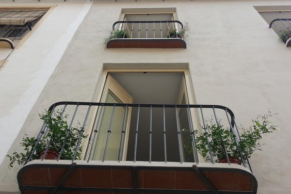 La Siesta Malaga Guesthouse - фото 23