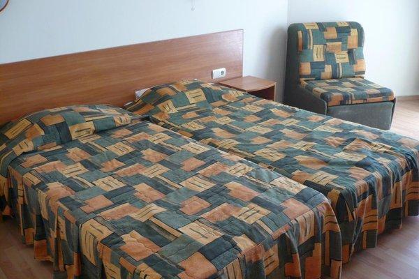 Chezarino Hotel Rooms - фото 4