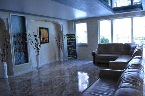 Vip Zone Apartment - фото 50