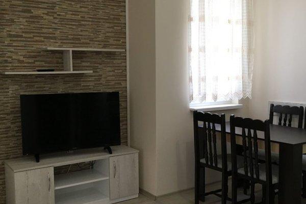 Vip Zone Apartment - фото 17