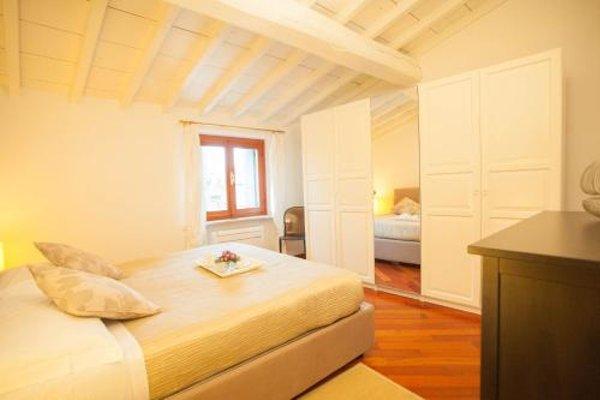 Balcony Mazzini Apartments - 10