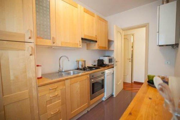 Balcony Mazzini Apartments - 8