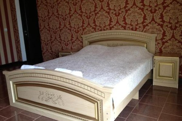 Guest House on prospect Ardzinba 257 - photo 8