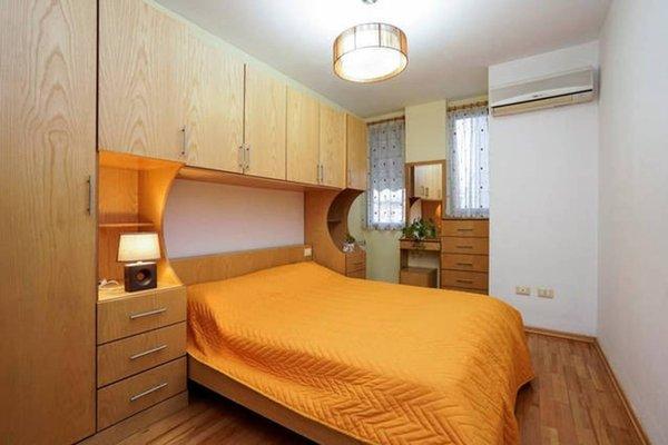 Central Comfy Apartment - 15