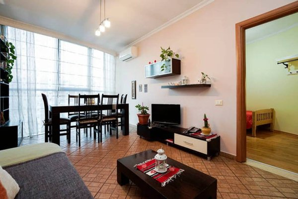Central Comfy Apartment - 7
