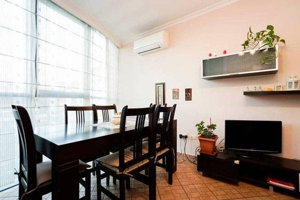 Central Comfy Apartment - 8