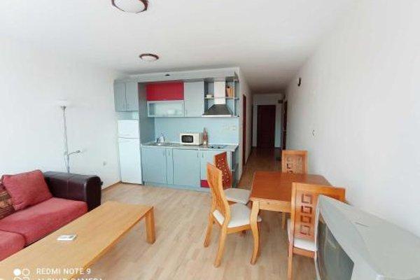 Dom-El Real Apartments in Sea View Complex - фото 11