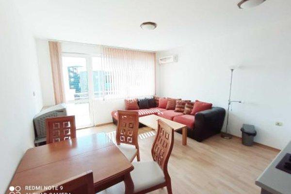 Dom-El Real Apartments in Sea View Complex - фото 4