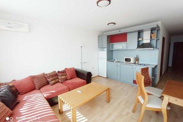 Dom-El Real Apartments in Sea View Complex - фото 7