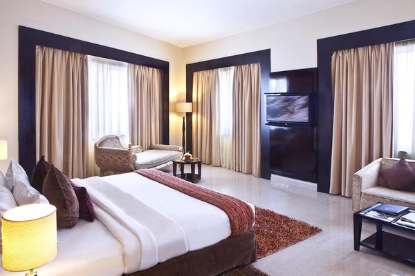 Landmark Riqqa Hotel - фото 38
