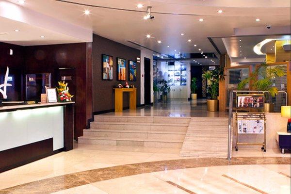 Landmark Riqqa Hotel - фото 13