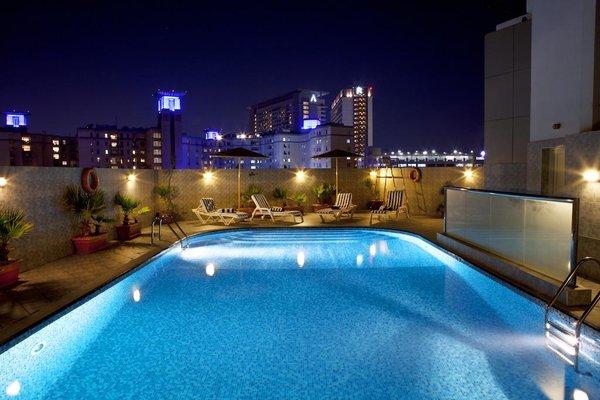 Landmark Riqqa Hotel - фото 18