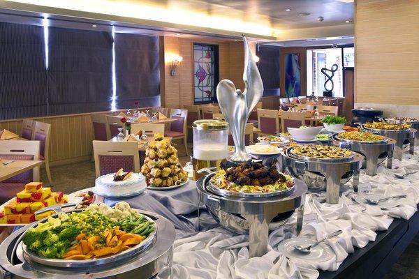 Landmark Riqqa Hotel - фото 8