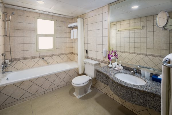 Savoy Crest Hotel Apartment - фото 10