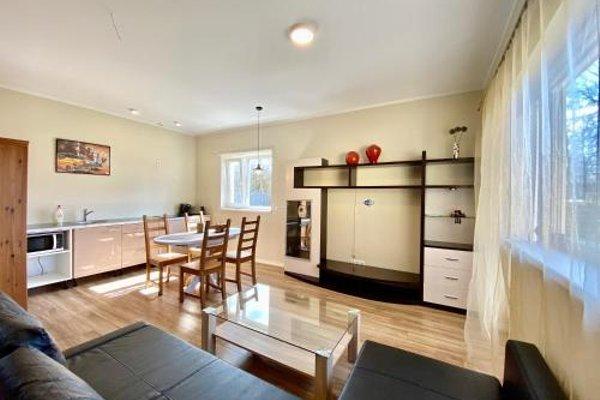 Milne Apartments - 4