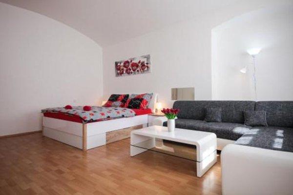 Apartment Opletalka - фото 4