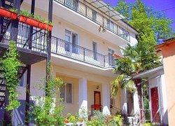 Фото 1 отеля Guesthouse Dmitrieva - Ялта, Крым