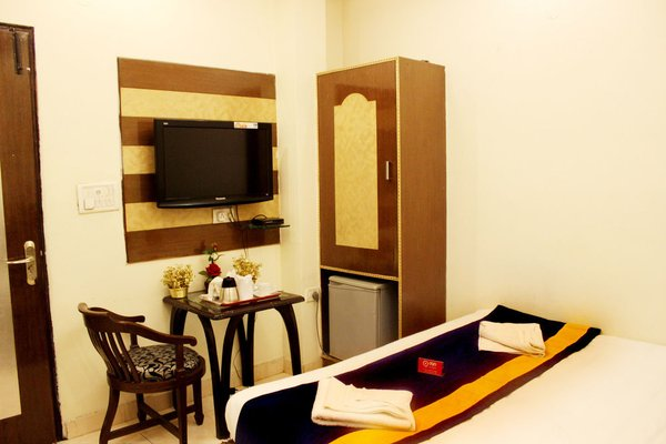 OYO Rooms Paschim Vihar D Mall - фото 5