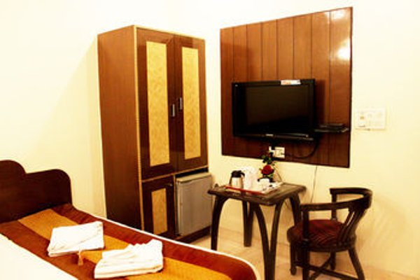 OYO Rooms Paschim Vihar D Mall - фото 8