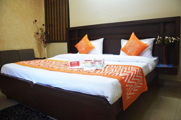OYO Rooms Noida Sector 12 Metro Hospital - фото 3