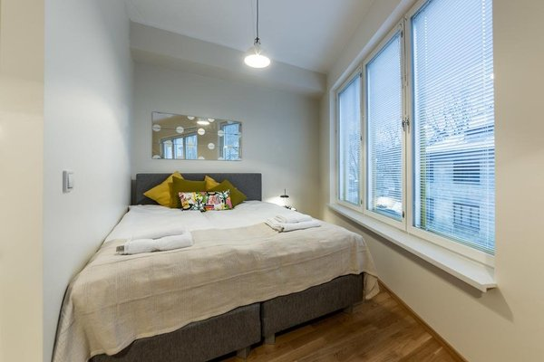 Goodson & Red Veerenni Apartments - 24