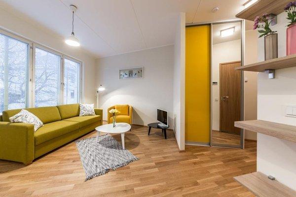 Goodson & Red Veerenni Apartments - 3