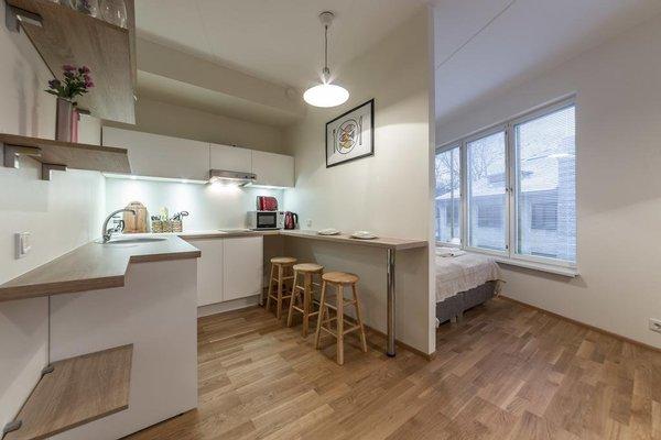 Goodson & Red Veerenni Apartments - 6