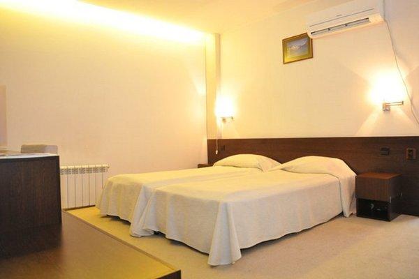 Отель Famyli Hotel Elitsa - 3