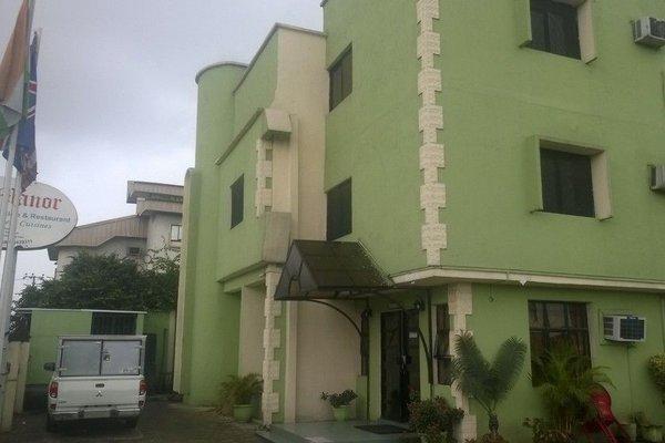 The Manor Hotel - 23
