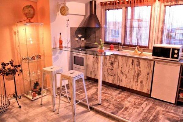 Vintage Apartment - 10