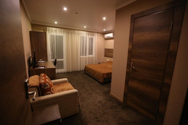 Aimara Hotel - photo 8