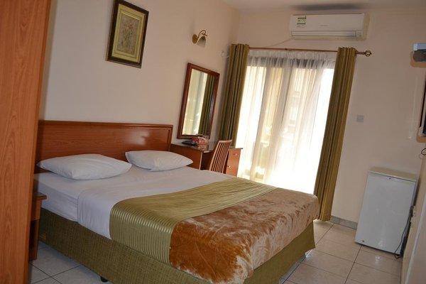 Tara Hotel - фото 4