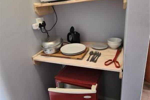Tiende Laan Bed & Breakfast - фото 17