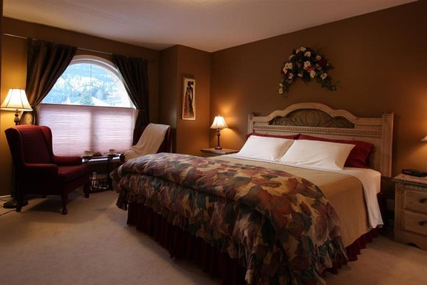 Royal Bed And Breakfast - 3