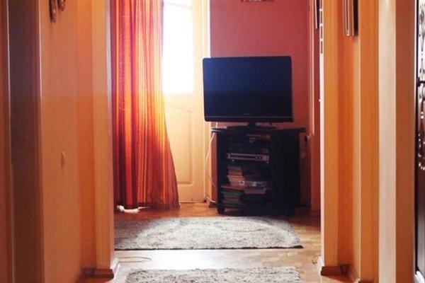 Daisy Apartment - фото 10