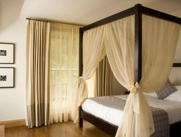 Гестхаус The Inn on Loch Lomond