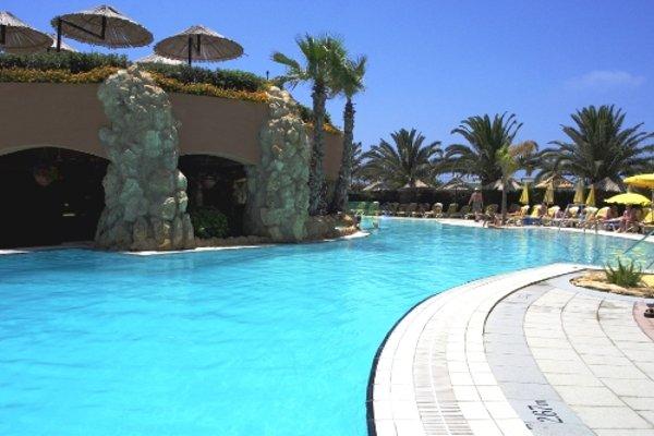 db Seabank Resort + Spa - фото 22