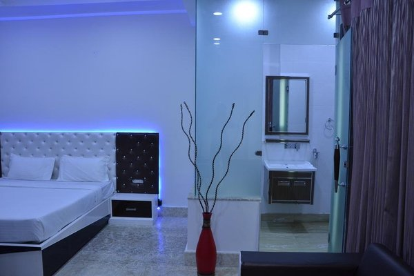 Hotel Royal International - 3