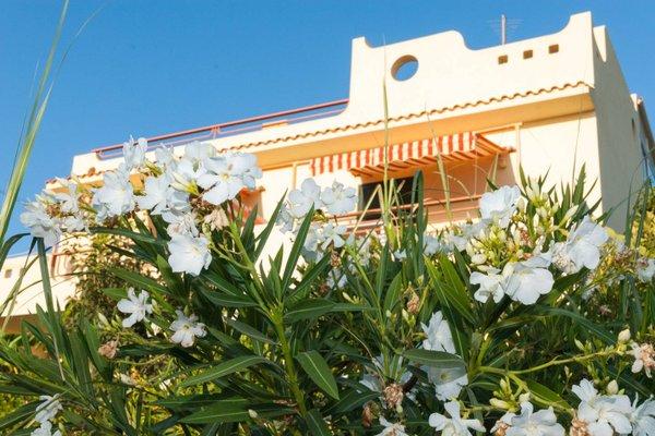 Surra Mediterranean Apartments - фото 13