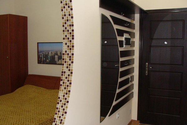 Central Apartment Romantica - 11