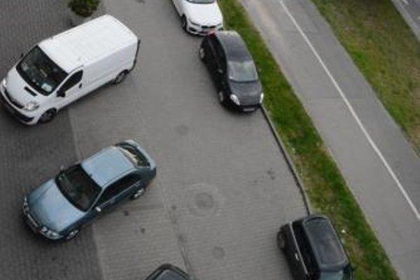 Apartament z widokiem na Wawel w centrum miasta - фото 18