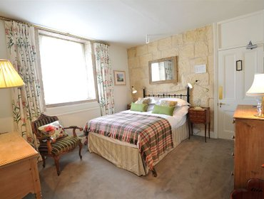 Гестхаус Woolley Grange - A Luxury Family Hotel