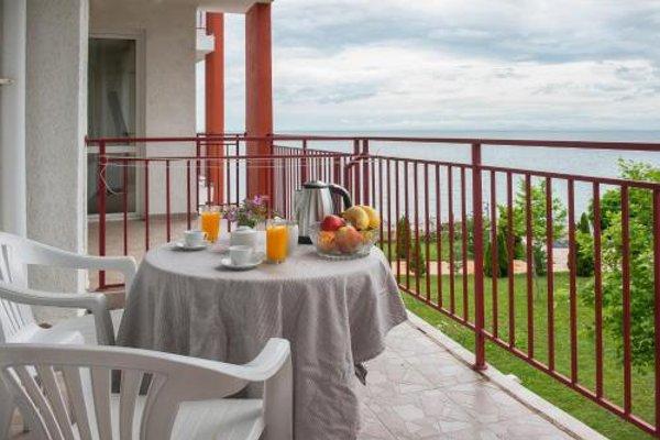 Marina and Panorama Fort Apartments - фото 16
